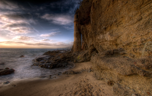 PDN 2013 Great Outdoors Photography Competition - Winning Photo - Victoria Tower in Victoria Beach,  Laguna Beach in California