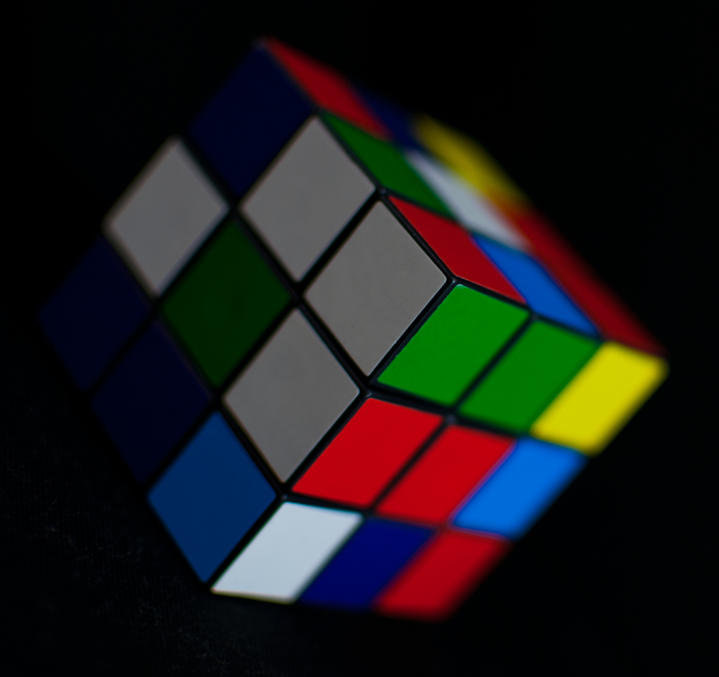 rubiks cube Stephen tsung-han sher7555500940 writ 340 - t th 9:30am.