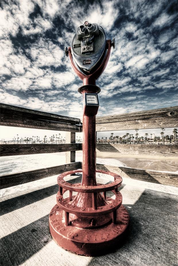 Binocular Viewer #1 - Balboa Pier (Newport Beach)