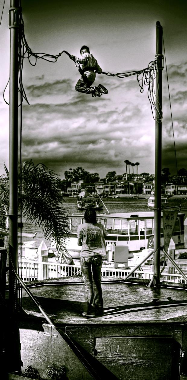 Trampoline (mono) - Balboa Peninsula