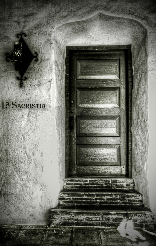 Mission San Diego de Alcalá - La Sacristia Door