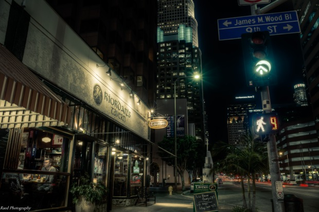 LA at Night - Riordan's Tavern Restaurant