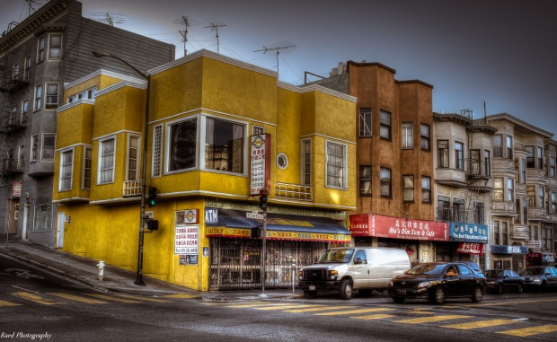 Yellow Corner - Chinatown , Powell Street in San Francisco